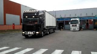Download Scania v8 Mise à quai Video