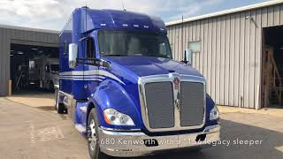 Download Elegance On Eighteen Wheels showing off some more awesome big rigs! Video
