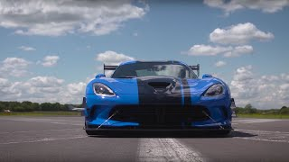Download Chris Harris Drives The Dodge Viper 645bhp | Top Gear Video