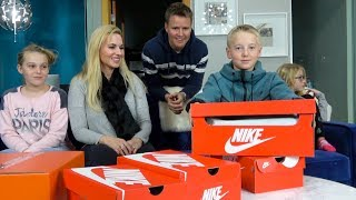 Download Unboxing My CUSTOM Nike Air Max Shoes! Video