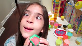 Download PLAY-DOH TIME! WATERMELON OR RANDOM GREEN BALL? Video