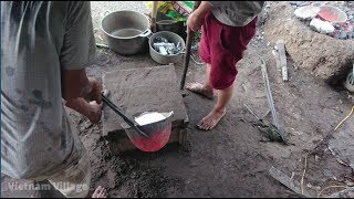 Download Vietnam Village - Casting An Aluminum Skillet From Start To Finish Video