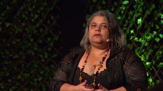 Download Beleza e deficiência não são opostas | Kica de Castro | TEDxSaoPauloSalon Video