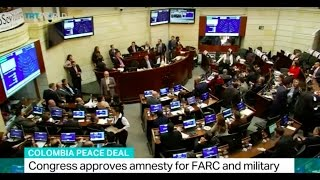 Download Colombia peace deal: Congress approves amnesty for FARC and military Video