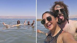 Download ¿Qué se siente flotar en el MAR MUERTO? 🌊 Video