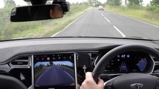 Download Tesla Auto Pilot Version 2017.28 c528869 Video