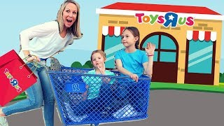 Download Last Toy School Field Trip to a REAL Toys R Us! 😭 Video