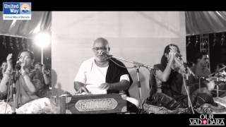 Download United Way of Baroda Garba 2015   Aavi Navali Navratri by Atul Purohit Video