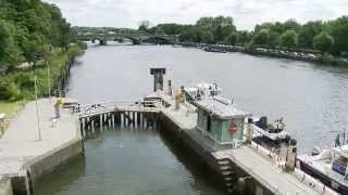 Download All about Richmond Lock and Weir on the Thames Video