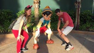 Download Disney's Hollywood Studios Character Meet and Greets W/ Character Palooza! Big Kids having fun! Video