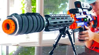 Download Nerf War: Roommate Battle Video