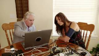 Download Polygraph Expert Shows How to Beat a Lie Detector Test Video