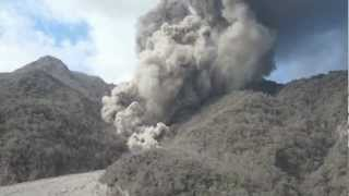 Download Paluweh Volcano Made Pyroclastic Flow into the Sea Video