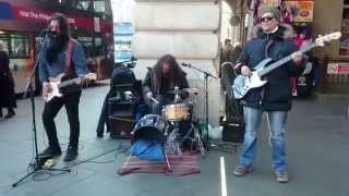 Download U2, With Or Without You cover - busking in the streets of London, UK Video