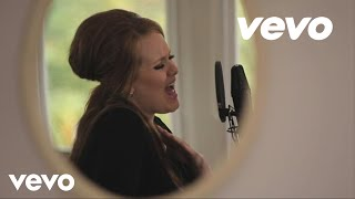 Download Adele - Someone Like You (Live in Her Home) Video
