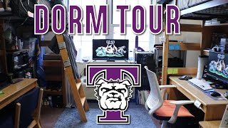 Download College Freshman Guy's Dorm Tour | Truman State University Video