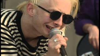 Download ″Creep″ Radiohead - Live at the MTV Beach House (1993) Video