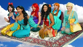 Download JASMINE'S FLYING CARPET CARPOOL. (With Moana, Ariel, Snow White, Elsa and Anna) Video