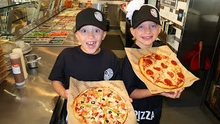 Download KIDS TAKE OVER PIZZA STORE!!! Video
