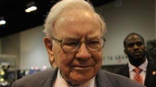 Download Warren Buffett on Apple investing in Tesla: It would be a poor idea Video