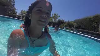 Download En la piscina guadalix con las niñas Video