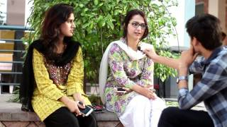Download Asking students funny questions in Lahore about pondi & attraction|UOL| bb ki vines | carryminati Video