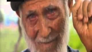 Download TRT'de Ömür Dediğin programında konuşan Mustafa dedenin ölen eşine olan özlemi herkesi ağlattı... Video