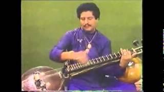 Download Glimpses into the extraordinary life of veena maestro R K Suryanarayan Video