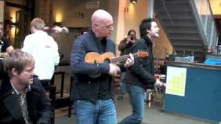 Download Train performs Hey, Soul Sister live unannounced in a mall in Stockholm Video