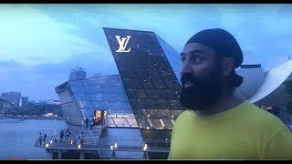 Download SINGAPORE F1 THE BEST HOTEL TO WATCH THE RACE FROM...AND CHECK OUT THE BIGGEST LV STORE!! Video