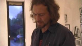 Download PJ20 - Ed's House.m4v Video