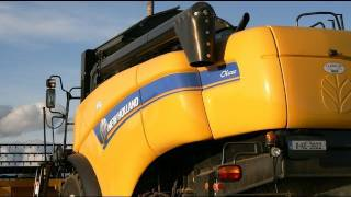 Download Harvest 2011,New Holland CX 5080. McCarthys at the Spring Barley , T6030,TM120 Video