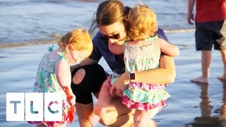 Download The Quints See the Beach for the FIRST TIME | Outdaughtered Video