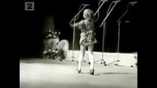 Download Vaida Genytė - Dainų dainelė - 1980 - Pradžia Video