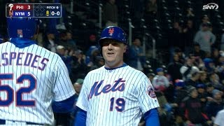 Download Bruce cracks go-ahead two-run homer in 8th Video