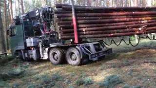 Download Mała wpadka ciężarówki z drewnem || VOLVO || Okiem ZULa Video