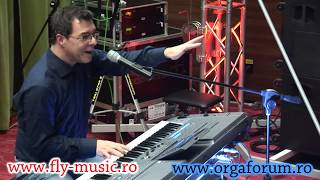 Kraft Music - Yamaha PSR-S950 Arranger Demo with Peter Baartmans