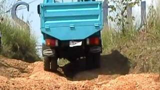 Download truk Hyundai 136 PS Four Wheel Drive 4x4 (4WD) / truk Double Gardan Sentul Offroad. CP: 081312345810 Video
