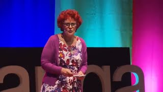 Download Hearing Voices : an Insiders Guide to Auditory Hallucinations | Debra Lampshire | TEDxTauranga Video
