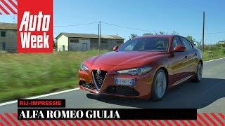 Download Alfa Romeo Giulia (and Quadrifoglio) - AutoWeek review - English subtitled Video
