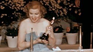 Download Vivien Leigh Wins Best Actress: 1952 Oscars Video