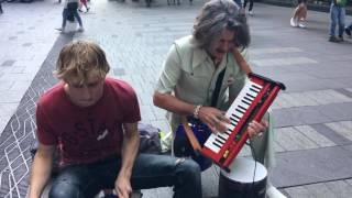 Download An impromptu visit from Mr Barry Morgan in Pitt Street! Video
