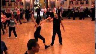 Download Kimat Shir Ahava - Dance Video