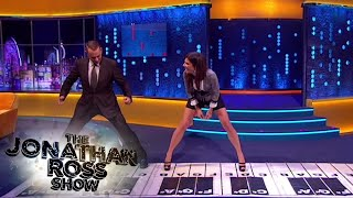 Download Tom Hanks and Sandra Bullock Play Chopsticks - The Jonathan Ross Show Video