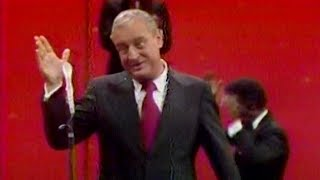 Download Rodney Dangerfield Even Cracks Up the Orchestra (1978) Video