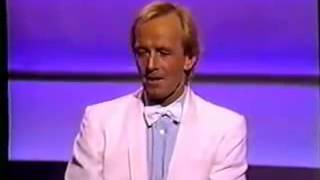 Download Paul Hogan's awesome speech at the Oscars Video