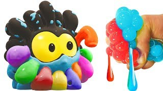 SQUISHY BALLS | Colors With WonderBalls | Cartoon Candy Free