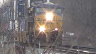 Download 2 Super Fast CSX Trains Meet Video