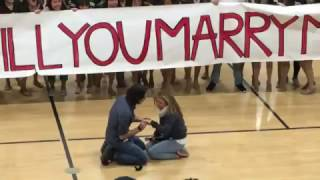 Download Just When Flash Mob Proposals Couldn't Get Any Cuter – Here's the One That Topped The Charts Video