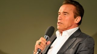 Download A conversation with... Arnold Schwarzenegger – Zurich Film Festival Video